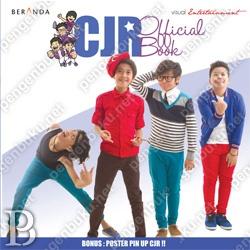 Coboy Junior Official Books | Toko Buku Online PengenBuku.NET | Coboy Junior | Baru saja 1,5 tahun di industri musik Indonesia, CJR sudah menghasilkan banyak karya dan prestasi yang menjadikan mereka idola baru di generasi saat ini. Histeria COMATE (sebutan untuk sahabat CJR) membuat CJR selalu mencari cara untuk bisa lebih dekat dengan para COMATE. Buku ini adalah salah satu cara tesebut.  Rp60,000 / Rp54,000 (10% Off)