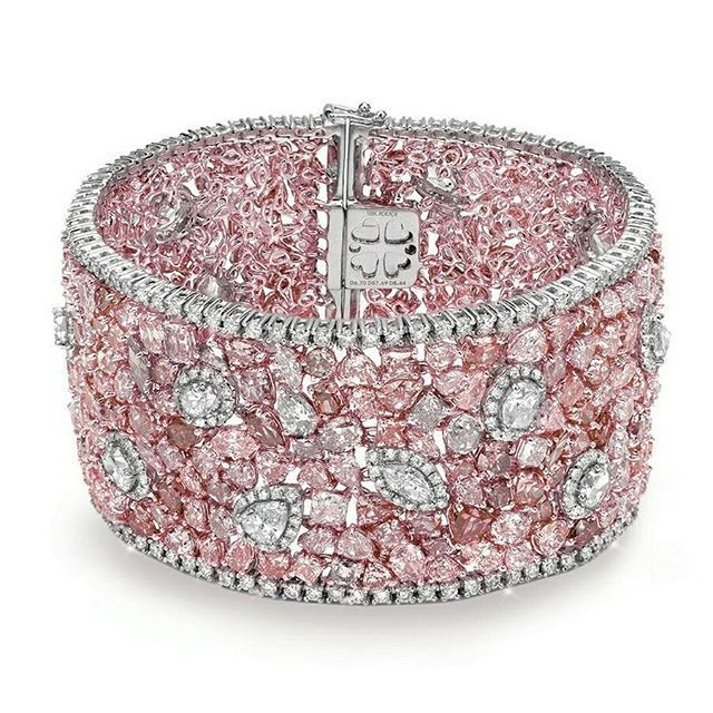 Almor Design Pink diamond bracelet | You can see the Rest of the Outfit and my Comments on this board. - Gabrielle
