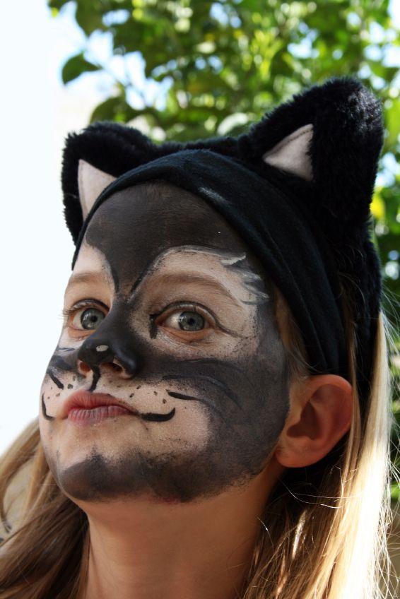 Black cat face paint | Faces & Makeup | Pinterest