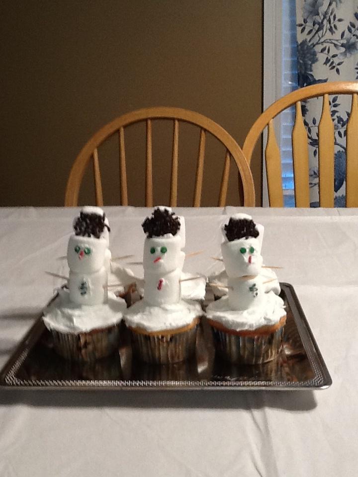 Snowman cupcakes!!!