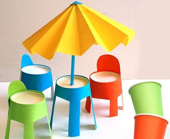 Bir-Masa-Sandalyeler-ve-Bir-Şemsiye-Yapımı (1)