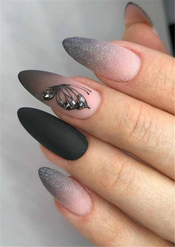 40 Stylish And Beautiful Nails You Must Love Page 16 Of 40 Aray Blog For Chic Women In 2020 Nail Designs Glitter Bright Acrylic Nails Stylish Nails Art