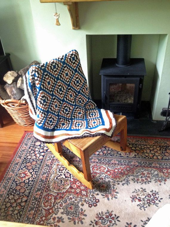Granny Square Vintage Style Traditional Blanket / Throw
