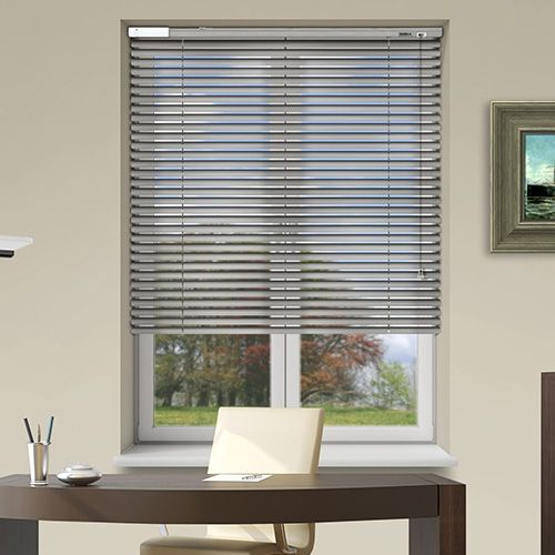 Controliss 6V DC battery Powered Soho Silver Brushed Venetian Blind.. #Shades #Home #HomeDecor #InteriorDesign #Decor #VenetianBlinds  #CreateYourHome #BudgetBlinds #WindowShades #Window  #Design #Blind #WindowCoverings #Windows #MadeinUK