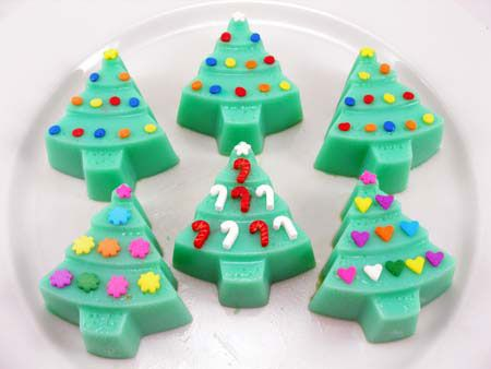 Christmas Tree Jello Shots Recipe ~ For Adults Only !