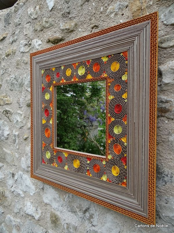 43cmx43  http://cartonsdenoelle.over-blog.com/2016/10/miroirs-fleurs.html