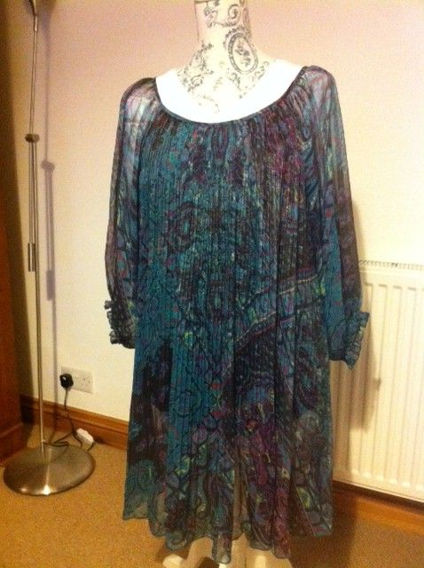 Floaty Chiffon, Balloon Sleeve, Turquoise and Purple Short Dress - Sue Ryder Shop Park Street Bristol. I love Bargains for under a £10.00