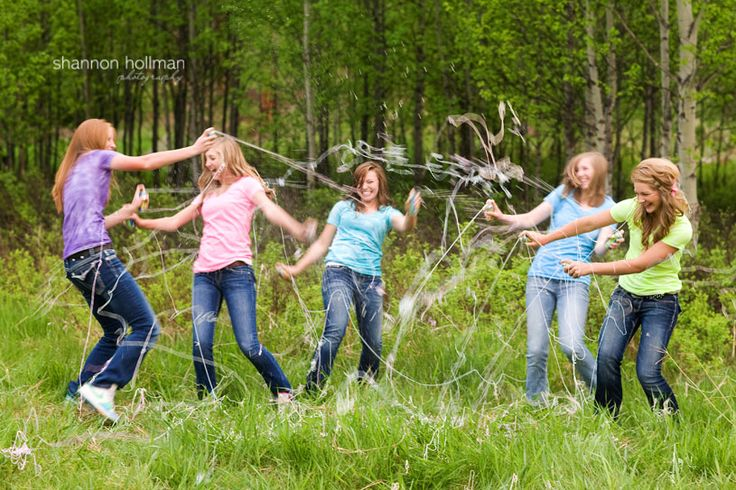 How FUN! This image really got my creative juices flowing... Anyone want to play with silly string? :)