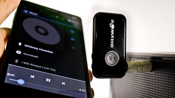 Odată ce dispozitivul dvs. este asociat, sunetul de pe dispozitivul dvs. va fi transmis în flux fără fir la sistemul dvs. audio acasă sau la mașină.