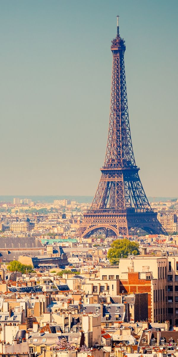 Paris, France || Places to #getlucky curated by your friends at luckybloke.com