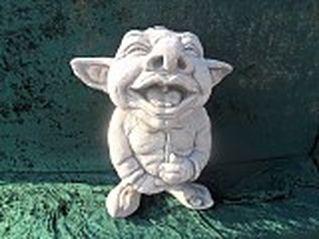 trollen draken heksen van beton voor in de tuin