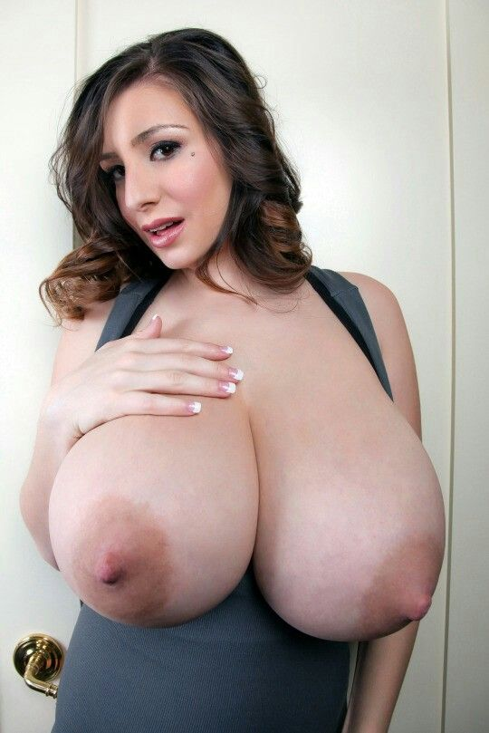 Undeniably big natuaral tits babe