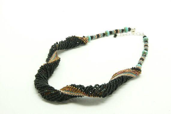 Collar de espiral de tejido abierto por aasiajewelry en Etsy