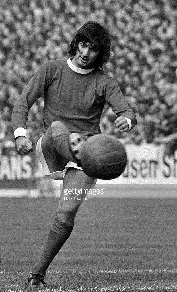 George Best of Manchester United in action against Leeds United during their Division One match played at Elland Road, Leeds on 17th October 1970. (Photo by Bob Thomas/Getty Images).