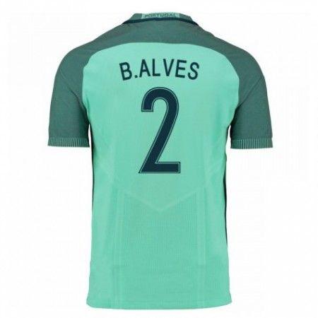 Portugal 2016 B.Alves 2 Bortedraktsett Kortermet.  http://www.fotballteam.com/portugal-2016-balves-2-bortedraktsett-kortermet.  #fotballdrakter