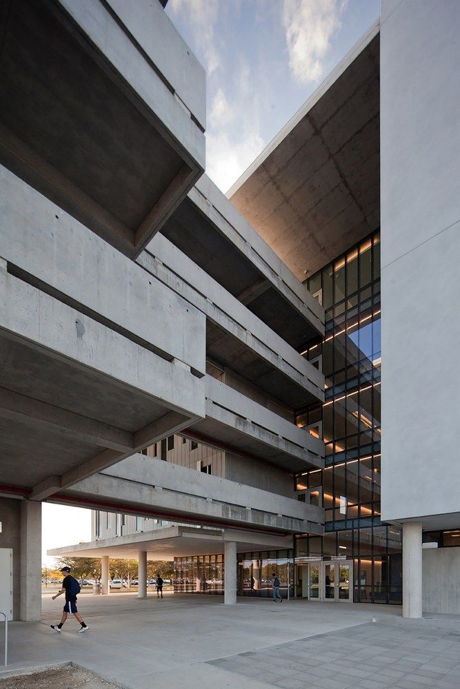 Gallery of Miami Dade College Academic Support Center / Perkins+Will - 3