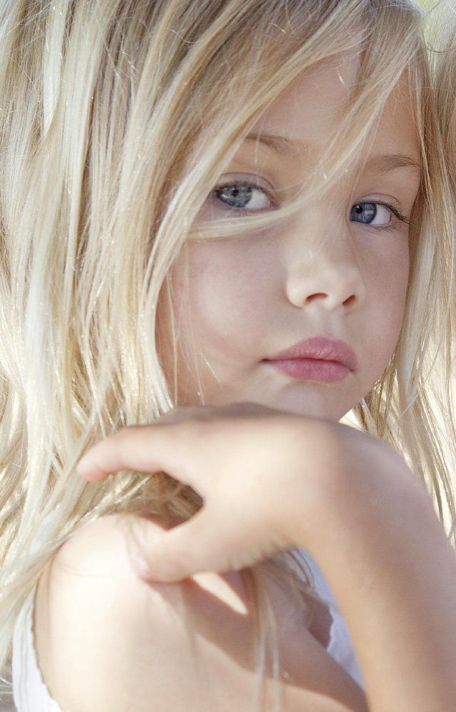 Little Beauty Royalty Free Stock Images: BEAUTIFUL LITTLE MODELS
