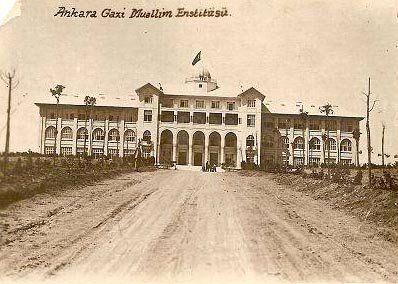 Ankara Gazi Muallim Mektebi (Gazi Eğitim Enstitüsü) (1933)