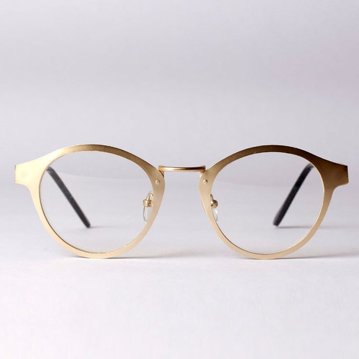 Oversized Gold Frame Sunglasses : 1190 best images about Men Seldom Make Passes at Girls Who ...