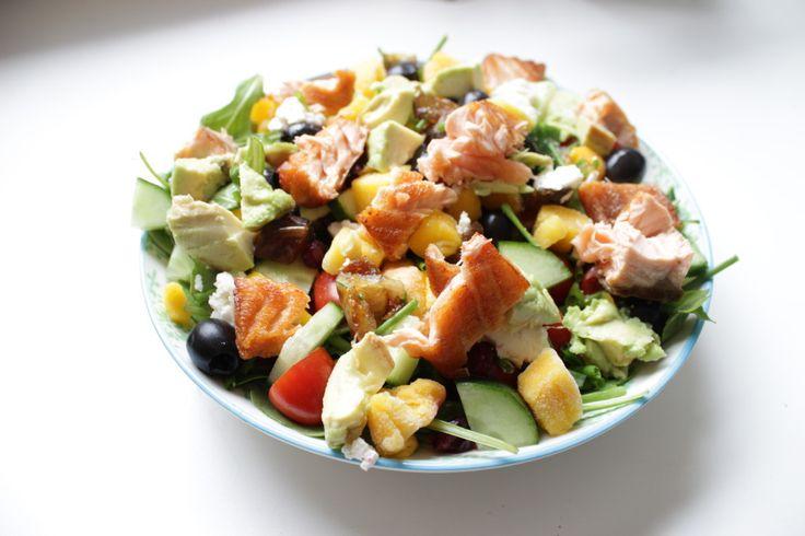 Ken je mijn mango zalm salade nog? De combinatie van de gegrilde zalm, de mango en de geitenkaas is echt … Read More →