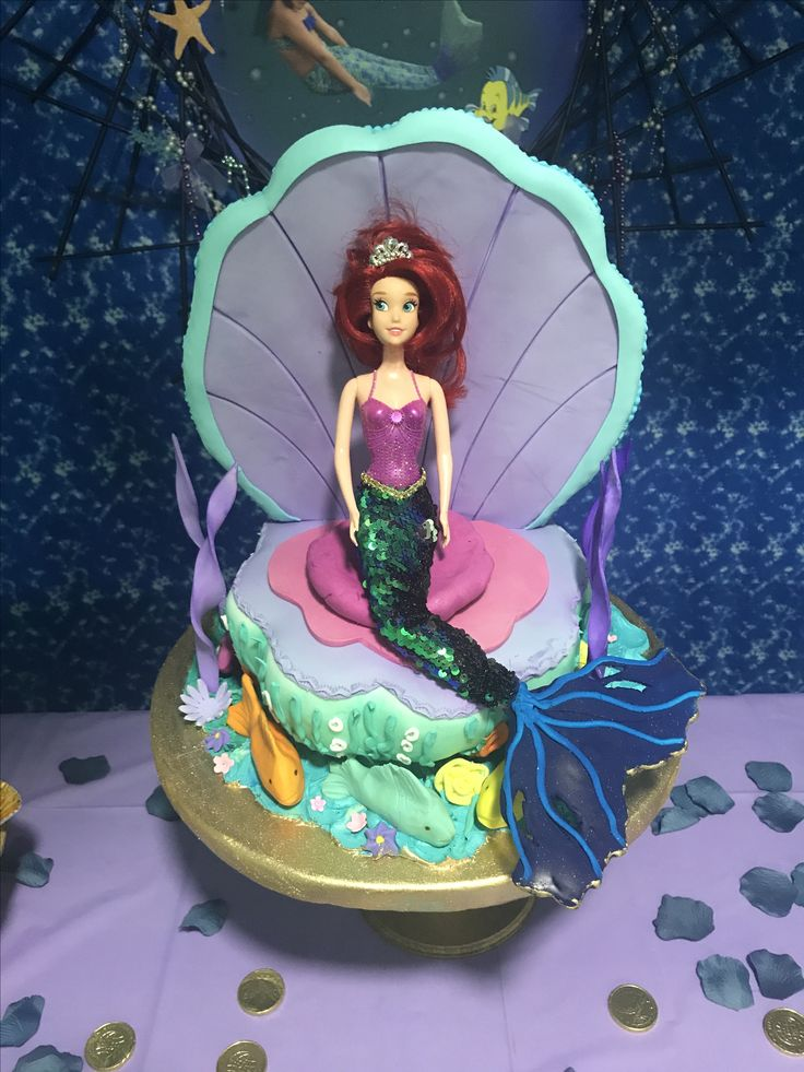 Diseño de torta Ariel by Maryuris Soto