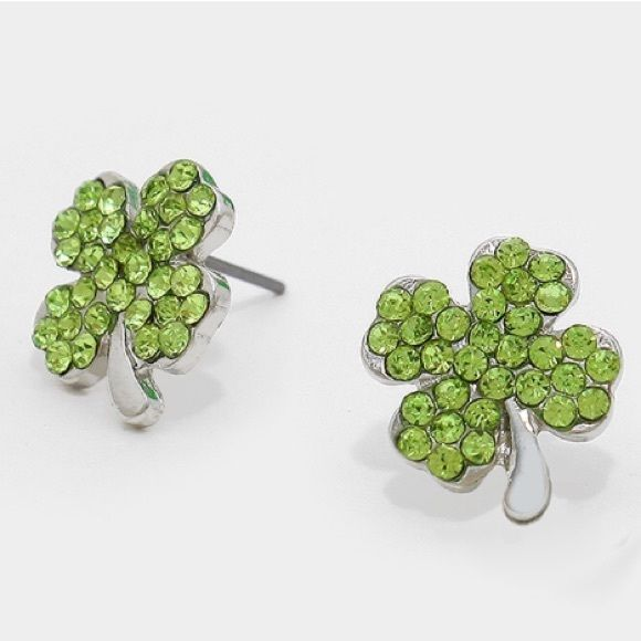 crystal pave clover studs Get ready for st patties day - brand new-  *please understand that this is retail meaning I had to purchase from a wholesaler so the current price is the only way I will make a profit - price is firm - thank you for your support ❤️ Jewelry Earrings