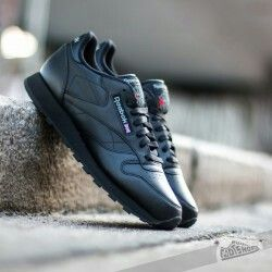 Reebok CLSSC LTHR black - old but gold