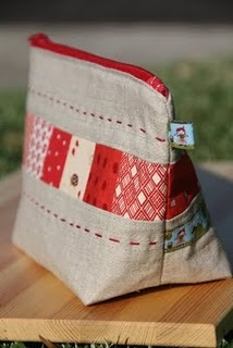 pouch - linen & patchwork - This is so cute with the hand stitching - wish we could see the other side with the ribbon on it!