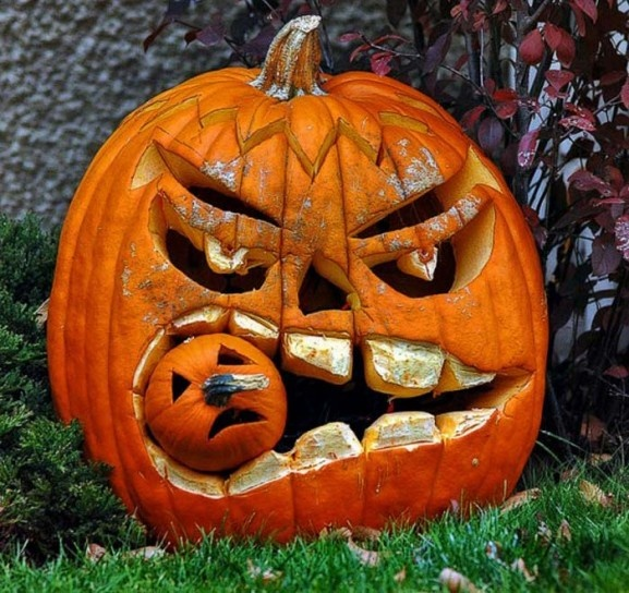 Great carving of this pumpkin and his buddy!