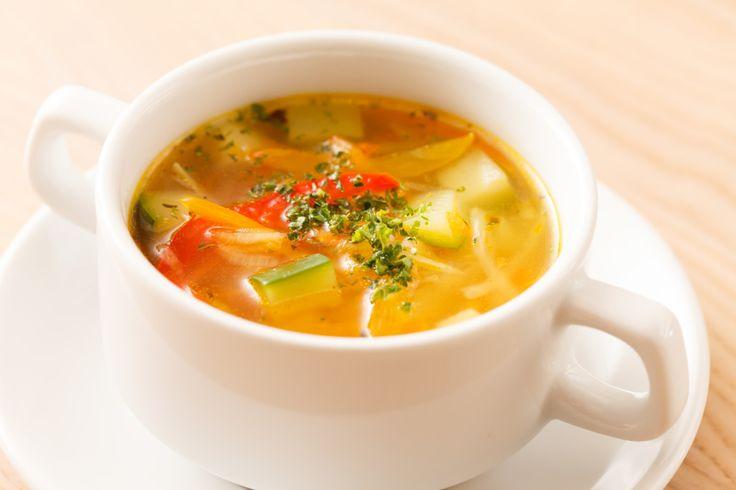 離乳食におすすめの野菜スープ!美味しく簡単にできる作り方も紹介します♡ [ママリ]