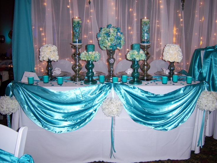 Aqua & white ~ winter wedding themen