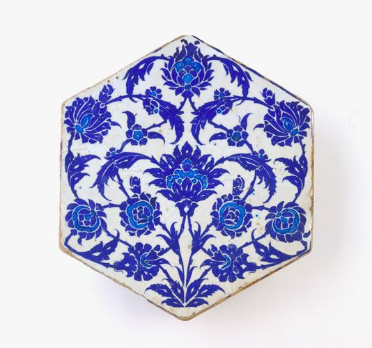 Tile ca. 1525-50 Ottoman period Stone-paste painted under glaze H: 27.8 W: 24.4 D: 2.8 cm Iznik, Turkey