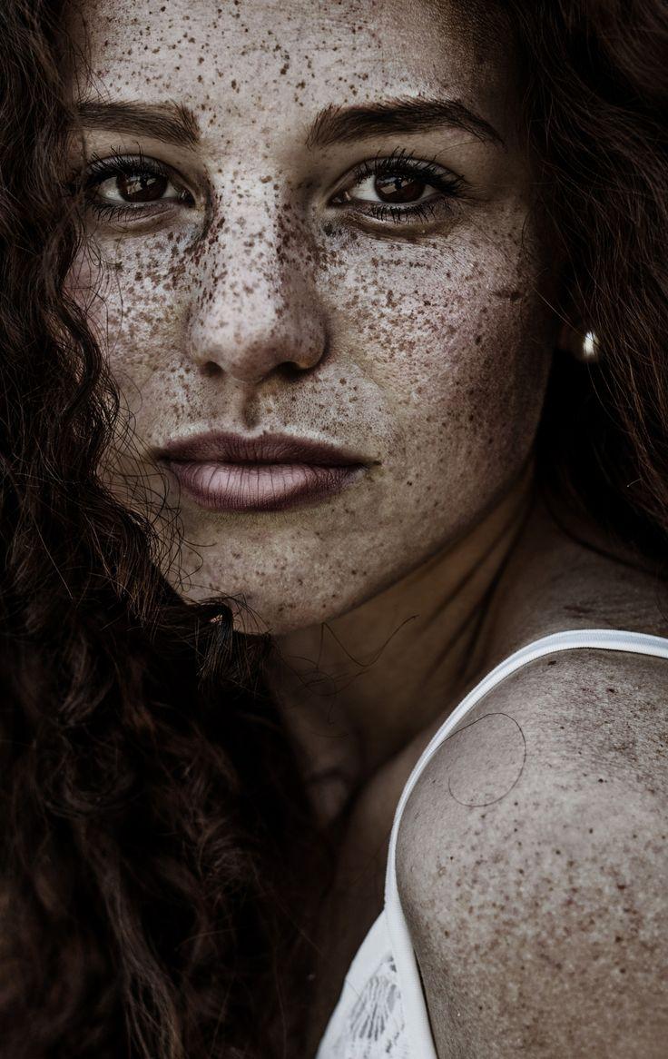 Simone - 2015Freckled Female  Freckles Girl, Freckle -7099