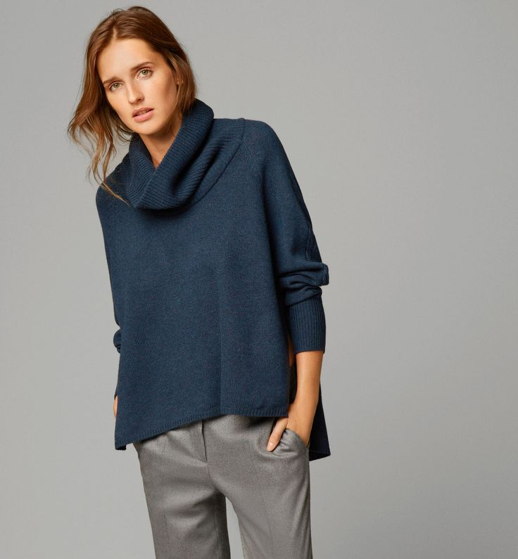 CAPE WITH DRAPED COLLAR