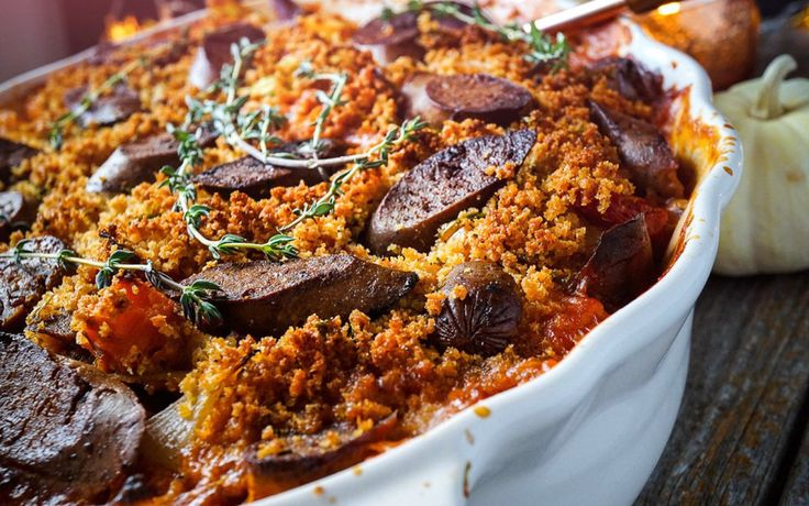 This classic French dish usually calls for an abundance of different types of meat, of course this version is totally plant based. It's a warm and comforting meal, full of seasonal vegetables…