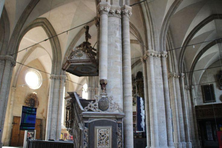 Zur #Kanzel der #Kirche #halberstadt #kirche #stmartini