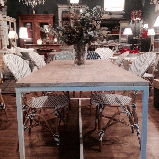 "41 Me gusta, 6 comentarios - Teresa Asensio (@tessa.co) en Instagram: ""New arrival 🔝#rattan#furniture#design#mercantic"""