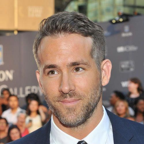 Male Celebrity Hairstyles Ryan Reynolds Haircut Differentstylesformenshaircuts Mens Haircuts Fade Celebrity Hairstyles Haircuts For Men