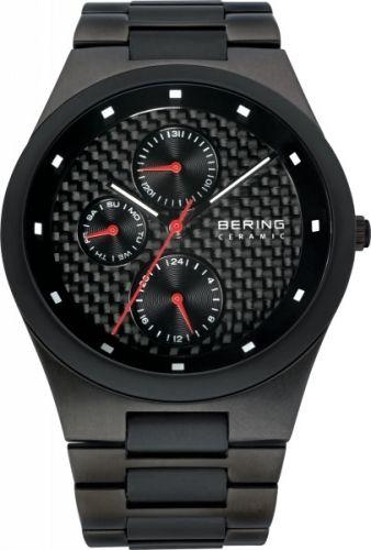 Stilren herreklokke med dag og dato fra Bering.  Safirglass og urskive av karbon.  Ultra slim design  #bering #klokke #karbon #herreklokke #safirglass #ur
