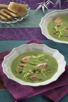 Špenátová polévka s lososem