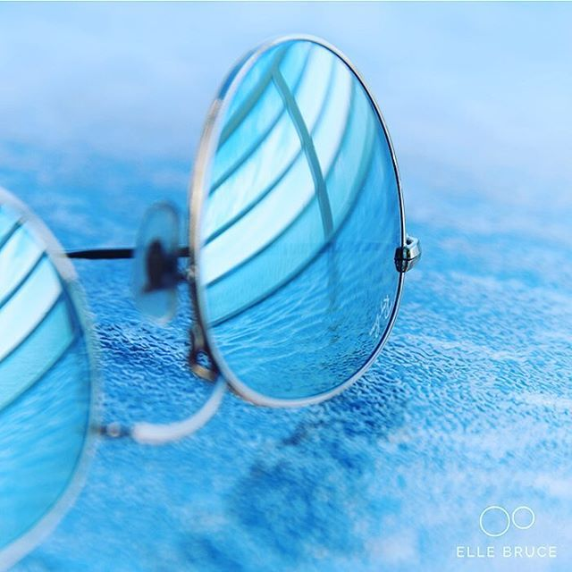 FOUND BEAUTY... when I took off my #sunglasses and looked behind me. Have you ever #foundbeauty when you weren't looking? #florida #blue #reflection #foundbeautytoday
