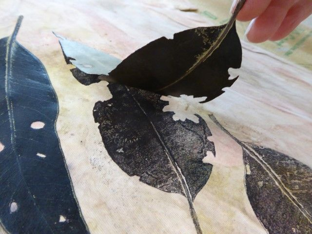 Sandra Pearce - printing with leaves