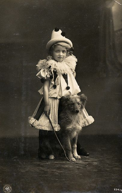 Another pierrot with a dog, via Flickr.