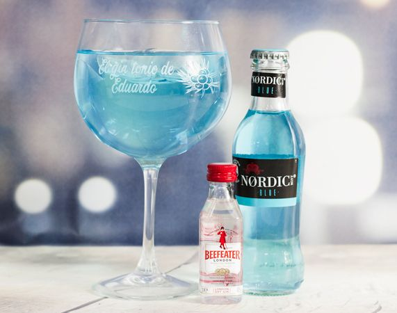 Kit para preparar gin tonic con copa personalizada