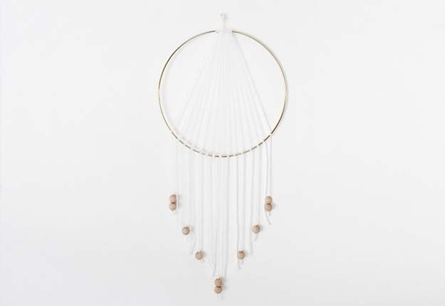 Cheap DIY Projects for Teen Girls Room Decor - Homemade Dreamcatcher - DIY Projects & Crafts by DIY JOY at http://diyjoy.com/quick-diy-projects-fast-crafts-ideas