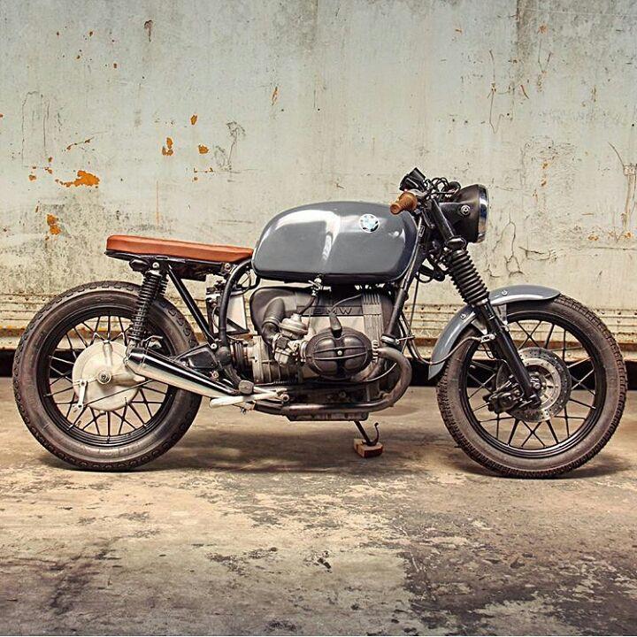 "Saint Motors™♠♣ op Instagram: "" by @arjanvandenboom @relicmotorcycles #bmw #boxertwin #custom #bike #motorcycle #bratstyle #scrambler #caferacer"""