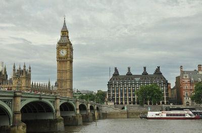 Catatan Traveling: 10 Kota Tujuan Wisata di United Kingdom