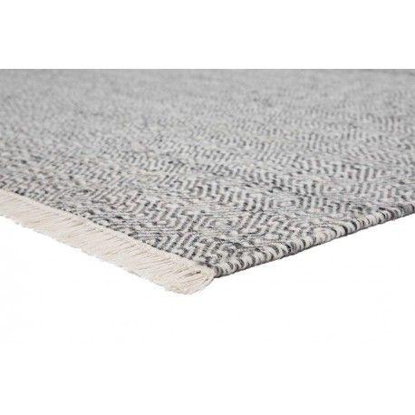 Modern en zacht wollen vloerkleed Ballista, gemaakt van 100% wol met kwastjes aan de uiteinden. #vloerkledenloods #ballista #wol #wool #rug #modern #carpet