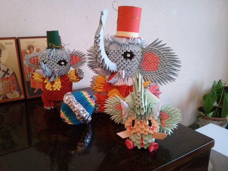 Elefanți la paradă. Mihaela's Origami3D handcrafted diy paper origami circus elephants interior decorations.