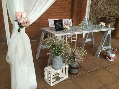 Mesa de novios rustico bodas pinterest mesas and 14 - Decoracion rustico vintage ...